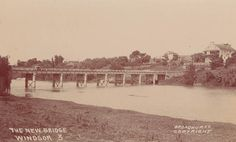 The New Bridge, Windsor, NSW showing Thompson Square c 1920 Thompson Square, Sydney City, Historical Architecture, Blue Mountain, Tasmania, Western Australia, Homeland, Paris Skyline, Past