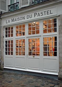 Henri Roché and Margaret Zayer are carrying on a centuries-old tradition of creating the finest—and widest range of—pastel colours. Peaceful Places, Beautiful Places, One Day In Paris, Paris Store, Opening A Restaurant, Pastel House, Belle Villa, Paris Ville, France