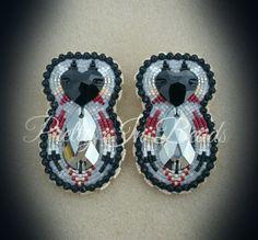 Beaded earrings by Pretty in beads on fb