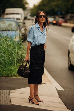 The Best of Street Style at Milan Fashion Week Vogue Photos by Jonathan Daniel Pryce London Fashion Weeks, Milan Fashion Week Street Style, Look Street Style, Cool Street Fashion, British Street Fashion, Mein Style, Italian Fashion, Mode Outfits, Sandro