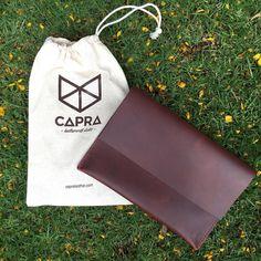 MacBook leather case or sleeve #leathercase #leathersleeve #portfolio #macbookcases #macbookpro #macbooksleeve #capra