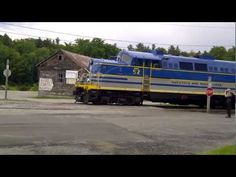 """WTF: Excited train guy, New York! - WTF: Excited train guy, New York! """" Excited Train Guy New York. Crazy Foamer in North Creek """" Real Funny Videos, Funny Pics, Paper Train, North Creek, Get Excited, Super Excited, Intense Love, Rock Songs, Best Youtubers"""