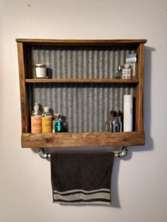 Wood Shop Projects, Reclaimed Wood Projects, Small Wood Projects, Barn Wood Crafts, Old Barn Wood, Reclaimed Barn Wood, Reclaimed Wood Shelves, Diy Pallet Furniture, Barn Wood Furniture
