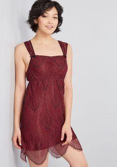 5201a85a1fe Elegant Respite Lace Nightgown in L - Racerback Empire Short Length  Quinceanera Dresses