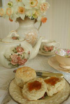 Aiken House & Gardens: Peaches and Cream Tea ~ yes please ~