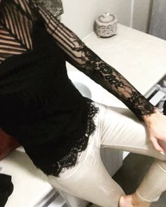 Black Lace Tops, Love Fashion, Career, Twitter, My Style, Carrera