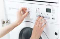 Τόσο καιρό χρησιμοποιούσατε λάθος το πλυντήριο σας - Το μυστικό για πεντακάθαρα ρούχα - Σπίτι - Athens magazine 40 Hanger Closet, Stainless Steel Drum, Clean Your Washing Machine, Washing Machines, Organised Housewife, Doing Laundry, All Purpose Cleaners, Simple Shirts, Hacks