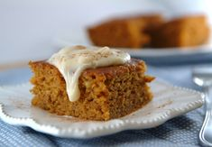 skinny pumpkin banana bars with cream cheese frosting