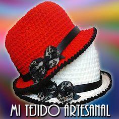 SOMBREROS INVIERNO CON APLIQUE - TODOS LOS COLORES. Infinidad de creaciones tejidas al crochet, para damas, bebés, niños, adolescentes y hombres. Realizo diseños personalizados por encargo Crochet Hats, Fashion, Templates, Sombreros, Caps Hats, Knitting Hats, Moda, Fashion Styles, Fashion Illustrations