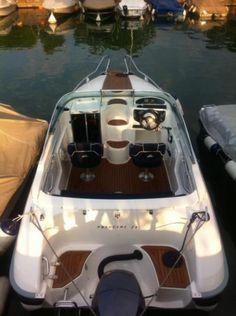 Vendere barca a motore