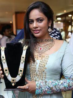 20 new Ideas for wedding food display elegant Pakistani Jewelry, Indian Wedding Jewelry, Indian Jewelry, Royal Jewelry, Beaded Jewelry, Silver Jewelry, Silver Ring, Silver Earrings, Silver Necklaces