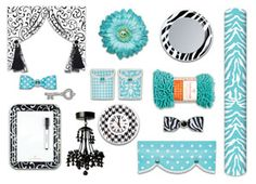 Locker ideas for girls - Google Search Love the rug and light!!