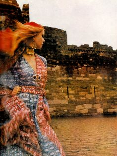 Photo by Norman Parkinson, 1969.