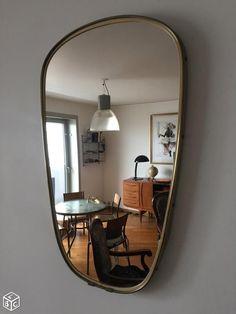 Tres beau miroir asymétrique vintage
