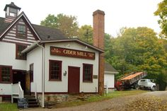 You know it's time for some homemade cider when autumn arrives. These 5 cider mills in Connecticut will make your fall complete. Connecticut Attractions, Homemade Cider, Cider Press, New Milford, Fall Drinks, The Good Old Days, The Fresh, Apple Cider, Great Places