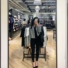 Image may contain: one or more people, shoes and indoor Ulzzang Girl, Indoor, People, Image, House, Home Decor, Ideas, Interior, Decoration Home