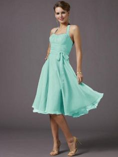 A good dress for spinning. Make it with sleeves and it's a perfect summer dress :D