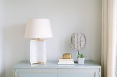 Benjamin moore silver satin living room paint color - Satin paint on walls ...