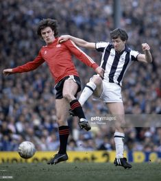 QPR 1 West Brom 0 in April 1982 at Highbury. John Wile tackles Simon Stainrod in the FA Cup Semi Final. Retro Football, Football Shirts, West Bromwich Albion Fc, Queens Park Rangers, Semi Final, Fa Cup, Documentaries, 1980s, English