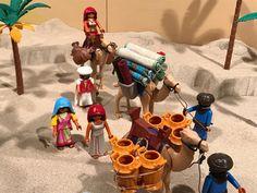 Play Mobile, Toy Display, Ideas Para, Nativity, Lego, Home Appliances, India, Holidays, Christmas
