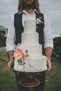 A quirky and unique bohemian beach wedding with a feather headdress on the bride and floral decorated teepee. Gorgeous Cakes, Pretty Cakes, Amazing Cakes, Bohemian Beach Wedding, Byron Bay Weddings, Wedding Cake Inspiration, Wedding Ideas, Occasion Cakes, Creative Cakes