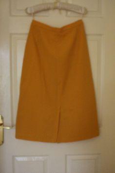 vintage owmen skirt yellow / mustard midi wool mix siz M 12/ 14 Vintage Shops, Mustard, Wool, Yellow, Skirts, Shopping, Fashion, Moda, Skirt