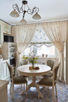 Шторы для кухни в стиле прованс из натуральных тканей.