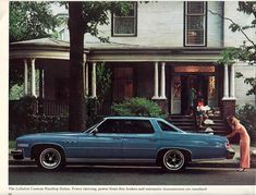1976 Buick LeSabre My first car was a black 1977 LeSabre, with two doors and a bright red interior. Almost as hot as an old Camero, right? Buick Electra, Electra 225, Buick Envision, Super Images, Buick Cars, Buick Lacrosse, Buick Enclave, Buick Lesabre, Buick Regal