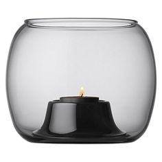 A tealight holder is a safe and lovely way to enjoy a flickering flame. Tealight holders and votives protect the flame from air currents and reflect the light around them in stunning ways. Tea Candles, Lantern Candle Holders, Lassi, Nordic Design, Tea Light Holder, Glass Design, Scandinavian Style, Tea Lights, Home Accessories