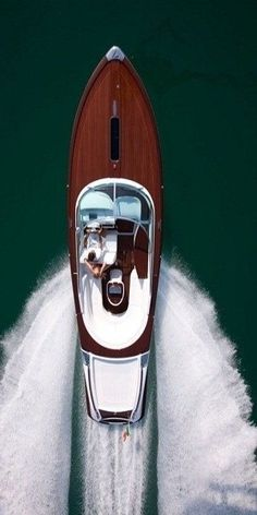 The Classics | Boats & Yachts | Riva