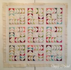 I simply love this quilt by SimplyPieced