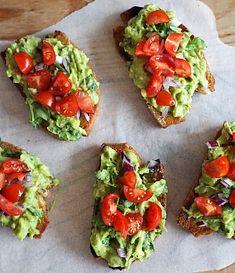 Obrázek - Nejlepší guacamole Vegan Blogs, Vegan Recipes, Cooking Recipes, Guacamole, Quesadilla, Bruschetta, Avocado Toast, Sandwiches, Food And Drink