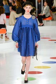 Chanel Resort 2016 Fashion Show - Ola Rudnicka Chanel Resort, Chanel Cruise 2016, Chanel 2015, Fashion Week, Fashion Show, Fashion Design, Fashion 2016, Coco Chanel, Chanel Paris