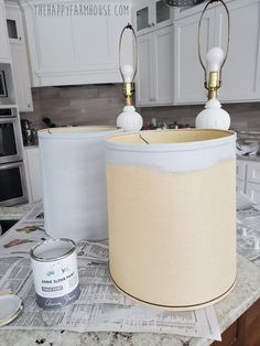 Annie Sloan Chalk Paint Farmhouse Lamp Makeover - The Happy Farmhouse Old Lamp Shades, Painting Lamp Shades, Farmhouse Table Lamps, Annie Sloan Old White, Lamp Makeover, Old Lamps, Annie Sloan Chalk Paint, Lampshades, White Paints
