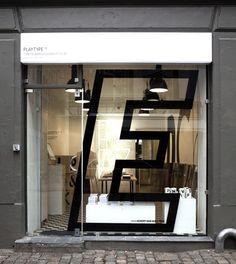 Shop window letter e