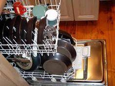 Temos de ter cuidado com as maquinas de lavar por causa dos depósitos de calcário, pode se comprar aditivos para colocar a cada lavagem , ou pode cuidar da
