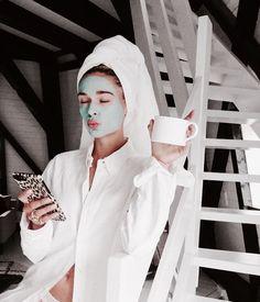 The 7 Best Meditation Apps, Ranked Aesthetic Boy, Aesthetic Grunge, Aesthetic Black, Mascara Hacks, Shotting Photo, Meditation Apps, Best Masks, Spa Day, Good Skin