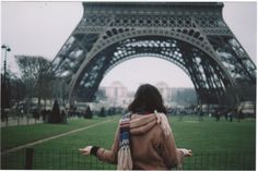 Visiting Paris, by Viola Cangi.