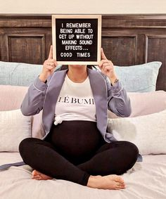 Outstanding Pregnancy information are available on our site. look at this and you wont be sorry you did. Pregnancy Months, Pregnancy Humor, Pregnancy Test, Early Pregnancy, Women Pregnancy, Pregnancy Belly, Pregnancy Style, Weekly Pregnancy Photos, Pregnancy Pictures