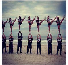 #cheer #cheerleading #cheerleader #stunt #beach #oneman #pyramid #heelstretch #flexible