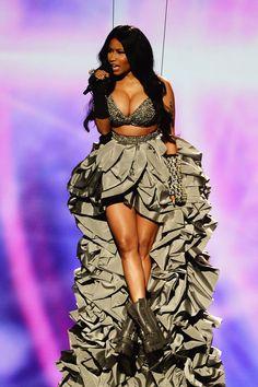Pin for Later: Nicki Minaj and Ariana Grande Steal the Show at the MTV EMAs  Nicki Minaj was lowered onto the stage.