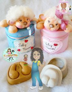 Ovejitas dulces Clay Crafts, Diy And Crafts, Arts And Crafts, Polymer Clay Disney, Gingerbread Crafts, Balloon Decorations Party, Pasta Flexible, Cute Gifts, Puppets