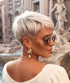 Short Silver Hair, Edgy Short Hair, Short Hair Undercut, Short Hair Lengths, Super Short Hair, Short Hair Cuts For Women, Short Hair Styles, Pixie With Undercut Shaved Sides, Short Cuts
