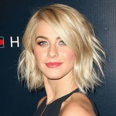 Julianne Hough is the latest celeb to get a pixie cut... the transition pix here! www.bellamumma.com #juliannehough #pixiecut #hair
