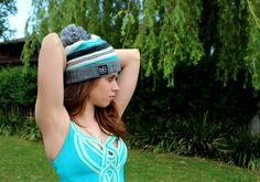 Teal Snow #beanie or the snowboarders and surfers' favorite! Inspired by Southern California, the beanie is made with 100% bolivian love, extremely comfortable and is proudly hand-signed by its artisan. 1 beanie = 5 meals