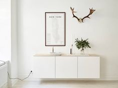 The Best of BESTA: Design Inspiration for IKEA's Most Versatile Unit / Apartment Therapy Source by jchongdesign . Ikea Design, Dressing Design, Interior Inspiration, Design Inspiration, Interior Ideas, Design Ideas, Ideas Dormitorios, Muebles Living, Scandinavian Home
