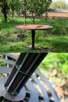TRIBECA. Tavolo Rotondo #Patchwood costruito con varie essenze di noce nazionale, con piede in ferro. Misure: 120 cm⍉; h 78 cm € 2.300 #furniture #design #ideas