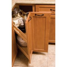 These KitchenMate Corner Cabinets by Omega National allow you to uttilize the corner of your kitchen. Able to hold 125 lbs., these corner kitchen cabinets are sturdy as they are constructed of solid maple and plywood and are designed for 33 inch or 36 inch corner cabinets.