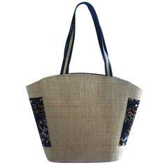 Bolsa em Palha com Estampa Abstrata Preta Lateral , bolsa grande para praia ou cidade, combina com vários looks, versátil.