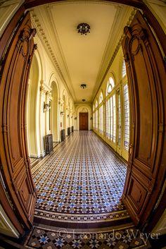 Pasillo interno de la Casa de Gobierno de la República Argentina (La Rosada), Buenos Aires